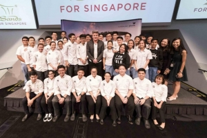 Gordon Ramsay Shares Life Lessons to Youth at Marina Bay Sands